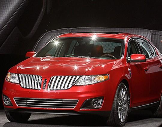Front left Red 2008 Lincoln MKS Car Picture