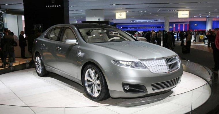 Lincoln MKS Concept Car Picture
