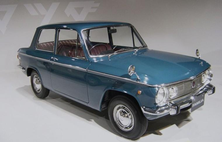 Front Right 1965 Mazda 800 Car Picture