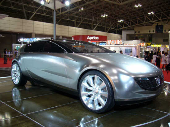 Front Right Silver 2006 Mazda Senku Concept Car Picture