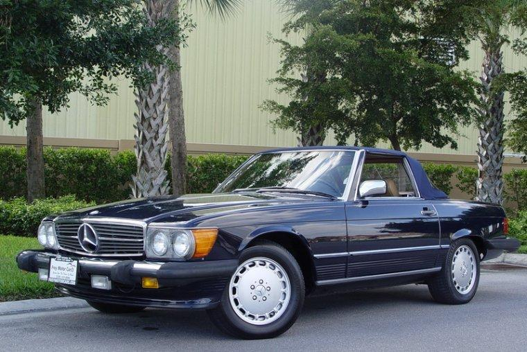 Front left Dark Blue 1988 Mercedes-Benz 560SL Car Picture