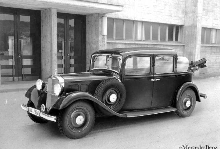 Front Left 1936 Mercedes-Benz 260-D Car Picture