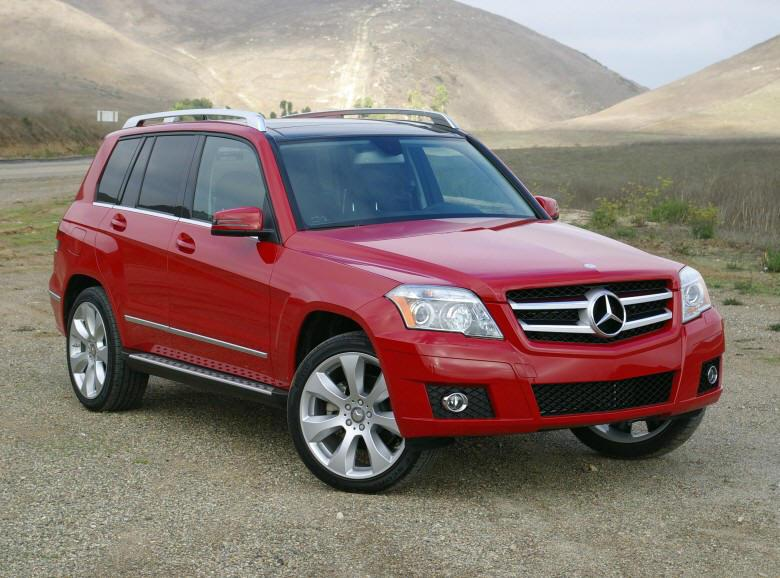 Front Right 2010 Mercedes-Benz GLK SUV Picture