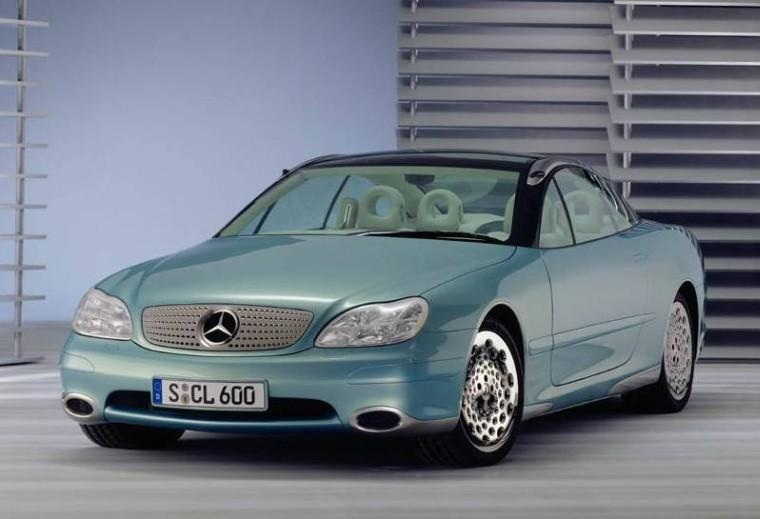 Front Left Mercedes-Benz Concept Car Picture