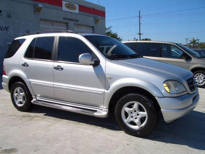 2000 Mercedes-Benz ML320 SUV Picture