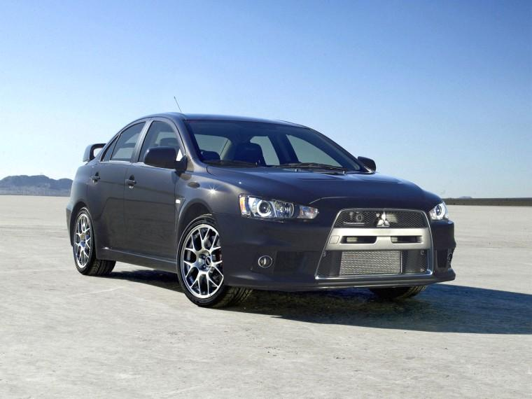 Front Right Black 2008 Mitsubishi Lancer Evolution X Car Picture