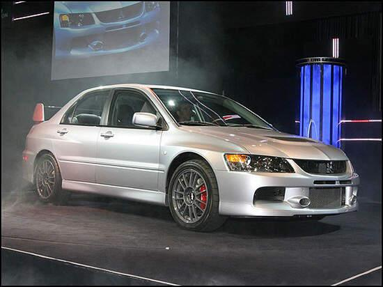 Front Right Silver 2006 Mitsubishi EVO IX Car Picture