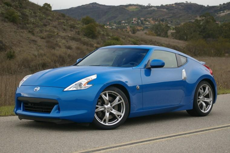 Front Left Blue 2009 Nissan 350Z Car Picture