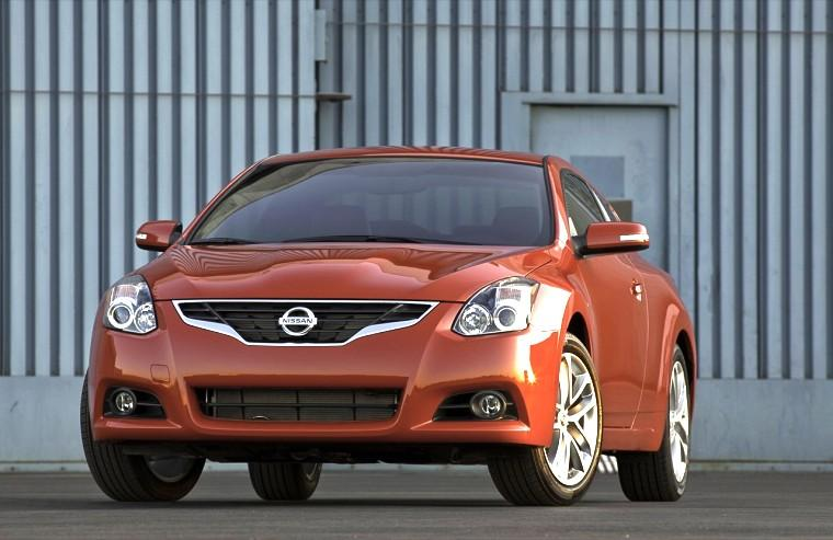 Front View Orange 2010 Nissan Altima Car Picture