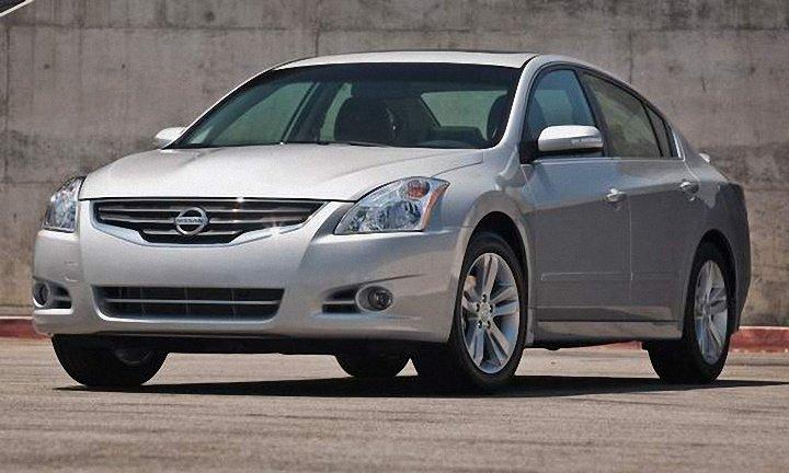 2011 Nissan Altima Car Picture