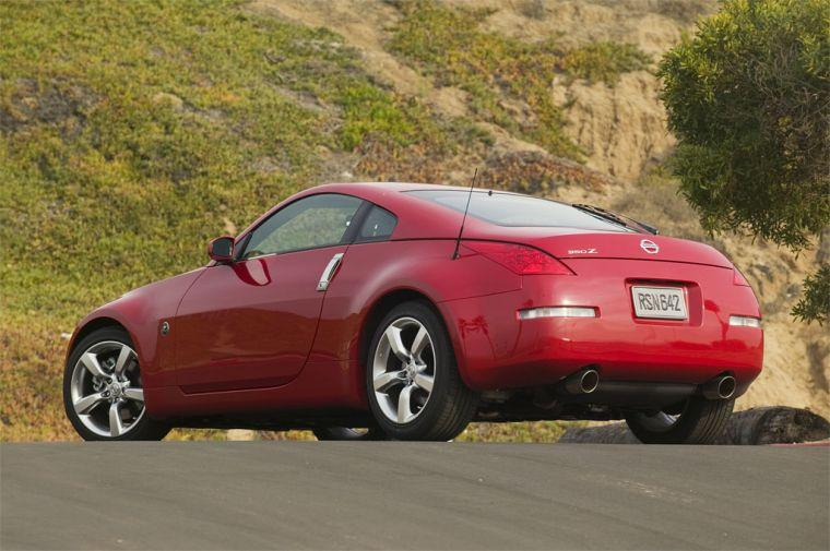 Red 2007 Nissan 350Z Rear left Side Car Picture
