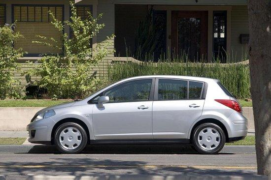 2007 Nissan Versa Car Picture
