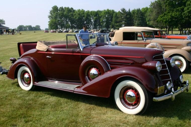 1934 Oldsmobile 8 Convertible Car Picture