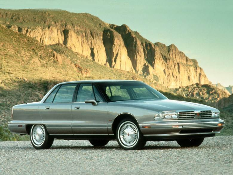 Front Right 1991 Oldsmobile 98 Car Picture