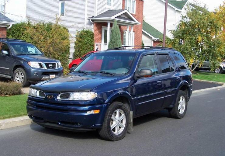 Front Left 2002 Oldsmobile Bravada SUV Picture