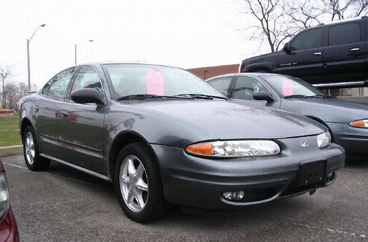 2003 Oldsmobile Alero Car Picture