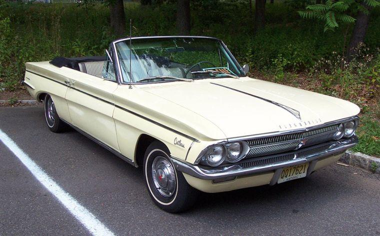 1962 Oldsmobile Cutlass F85 Car Picture