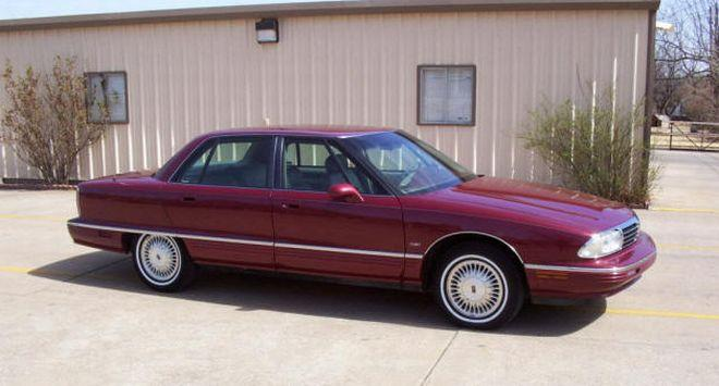 1996 Oldsmobile 98 Car Picture