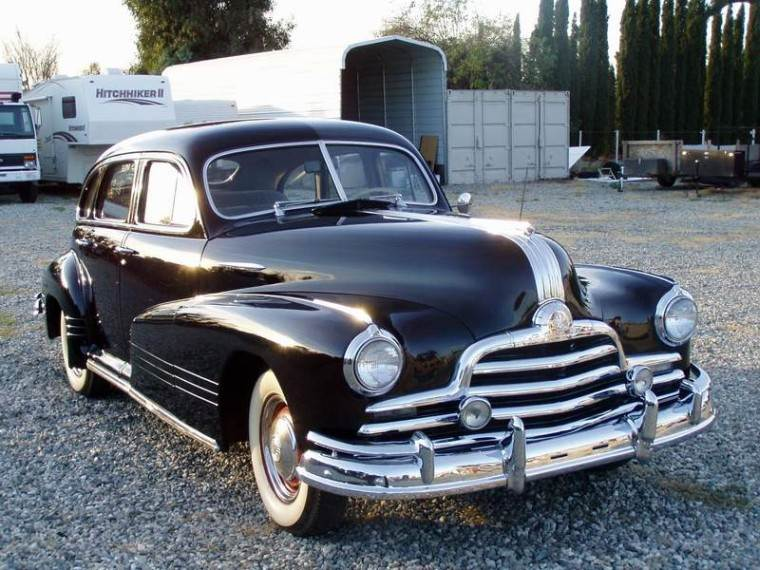 Front Right Black 1947 Pontiac Streamliner Car Picture