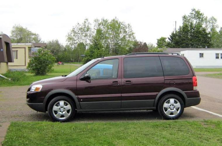 Burgandy 2008 Pontiac Montana Minivan Photo Pontiac Car