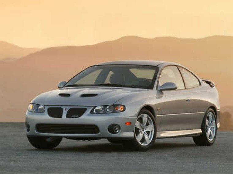 Front left silver 2004 Pontiac GTO Car Picture