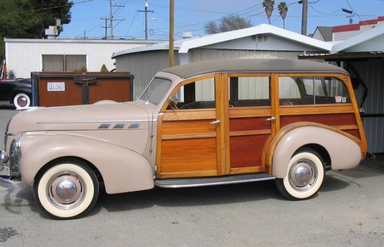 1940 Pontiac Wagon Car Picture