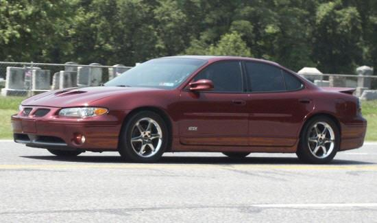 2000 Pontiac Grand Prix Car Picture