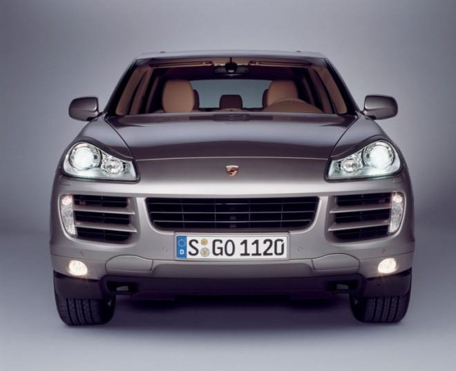 Front view gray 2008 Porsche Cayenne Car Picture