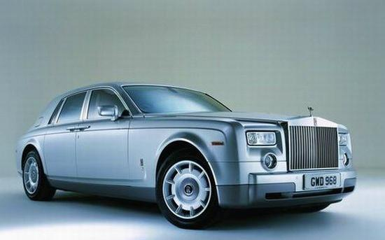 Front right light gray Rolls-Royce Phantom Car Picture