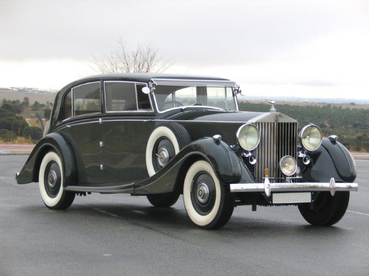 Front Right 1937 Rolls-Royce Phantom III Car Picture