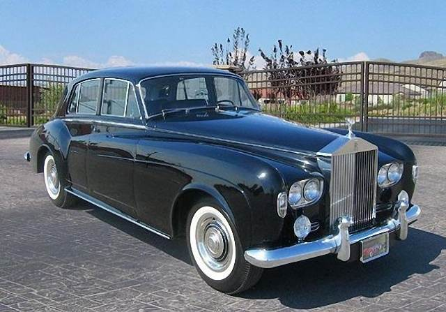 Front Right Black 1965 Rolls-Royce Silver Cloud III Car Picture