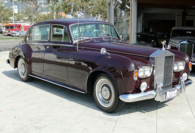 Front right burgandy 1964 Rolls-Royce Silver Cloud III Car Picture