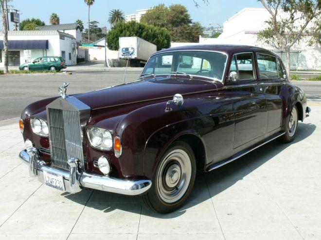 Front left burgandy 1964 Rolls-Royce Silver Cloud III Car Picture