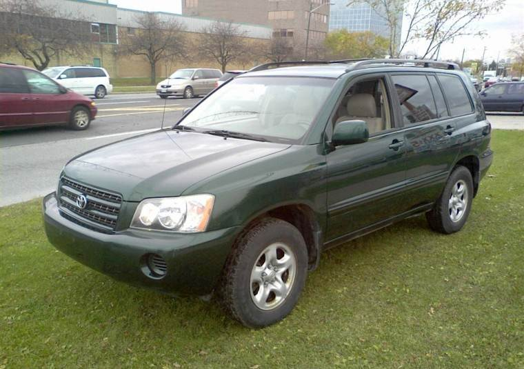 Front Left Green 2001 Toyota Highlander SUV Picture
