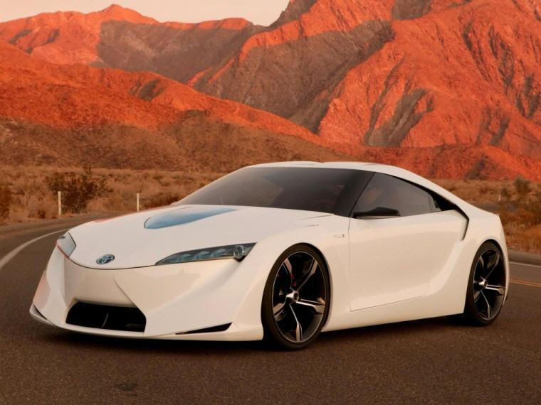 Front Left White 2007 Toyota FT-HS Concept Car Picture