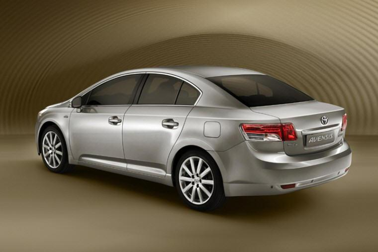 Rear left 2009 Toyota Avensis Car Picture