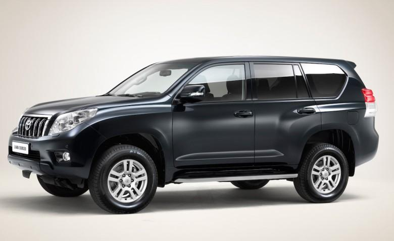Front Left Black 2010 Toyota Land Cruiser SUV Picture