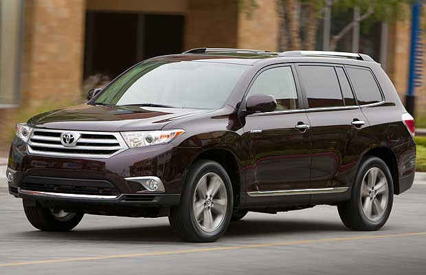 Front Left Black 2011 Toyota Highlander SUV Picture