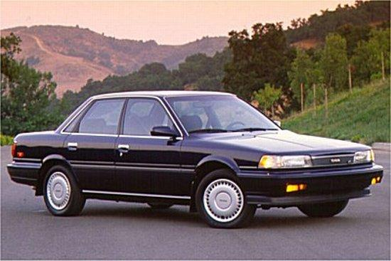 1990 Toyota Camry Car Picture