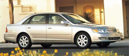 Front right silver 2004 Toyota Avalon Car Picture