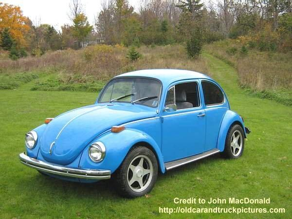 1972 Volkswagen Super Beetle Car Picture