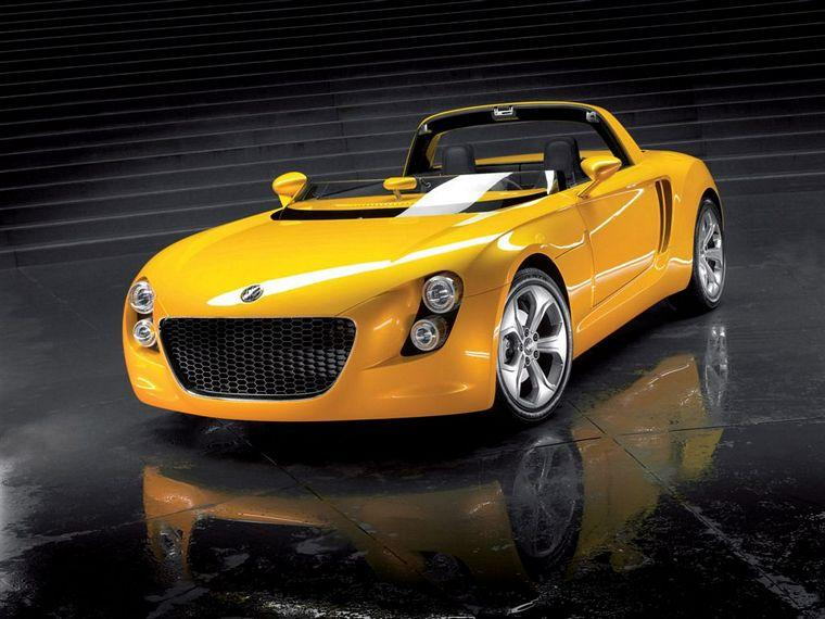 Front left yellow 2005 Volkswagen EcoRacer Concept Car Picture