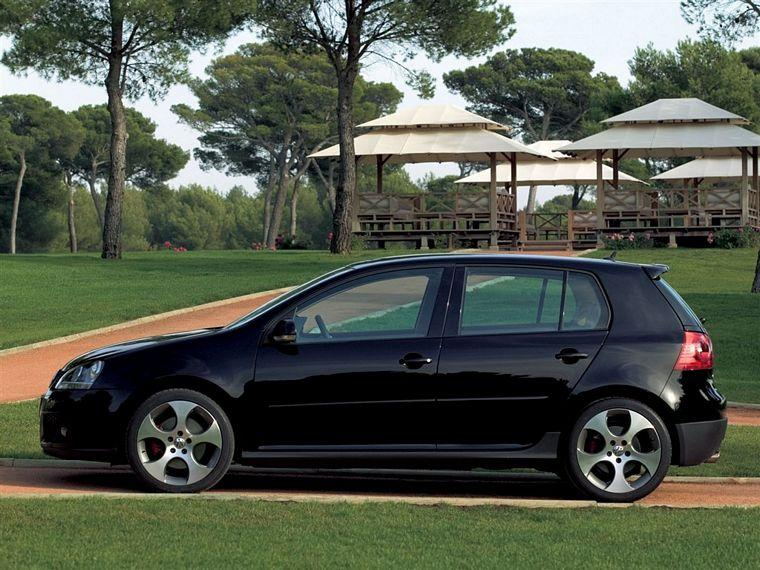 2006 Volkswagen Golf GTI Car Picture