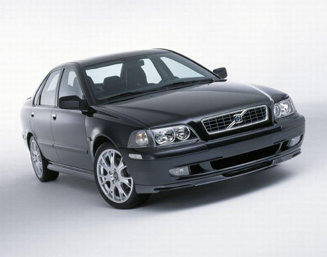 2002 Volvo S40 Car Picture