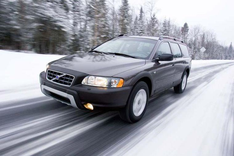 2006 Volvo XC70 Station Wagon Picture