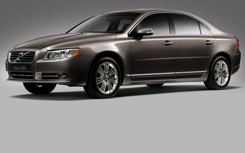 Front Left 2010 Volvo S80L Sedan Car Picture