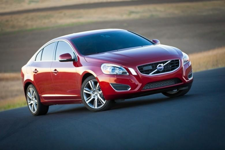 Front Right Red 2011 Volvo S60 Car Picture