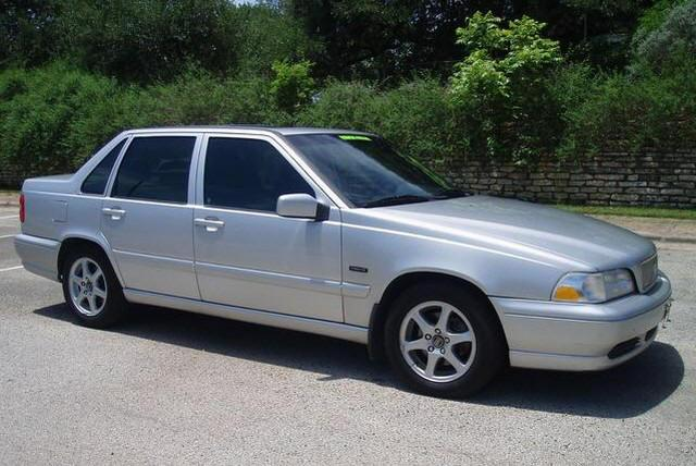 Right side silver 1999 Volvo S70 Car Picture